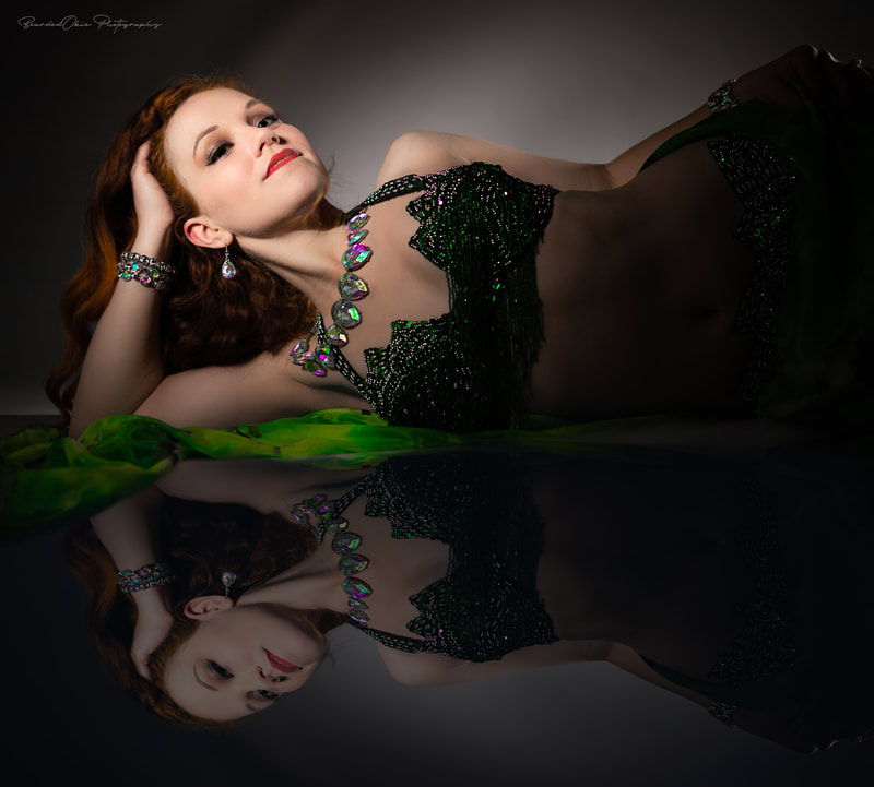 Photographer Instagram: @beardedokiephotography Model Instagram: @caliadne.amar Shoot Assistant Instagram: @zypher_gray . . #glamour #glamourous #bellydance #bellydancer #redhead #perfume #loungesinger #hollywood #beads #reflection #sensual #sexy #beautiful #jewelry #singer #loungesinger #piano #artist #oklahomaartist #oklahomacityartist #oklahomaphotographer #oklahomacityphotographer #beardedokie #beardedokiephotography